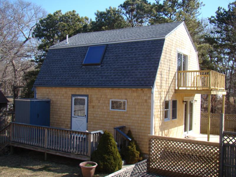 Vineyard Haven Guest House