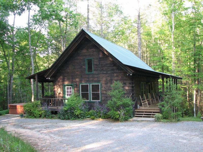 Imagine Yourself in this Beautiful Log Cabin