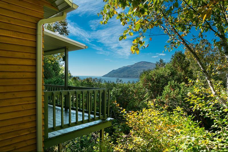 Chalet Bruant - breathtaking view & pet friendly, holiday rental in Saint Jean Port Joli
