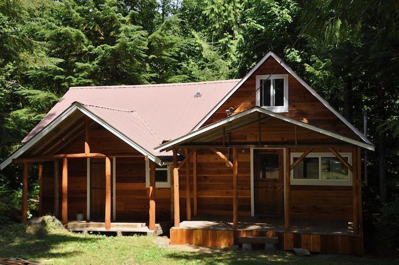 Bob's Cozy Cabin