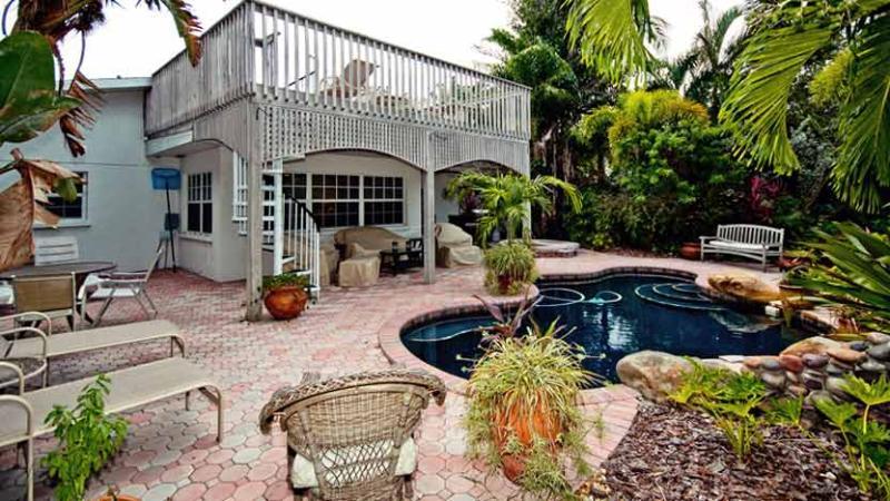 Inviting Backyard!