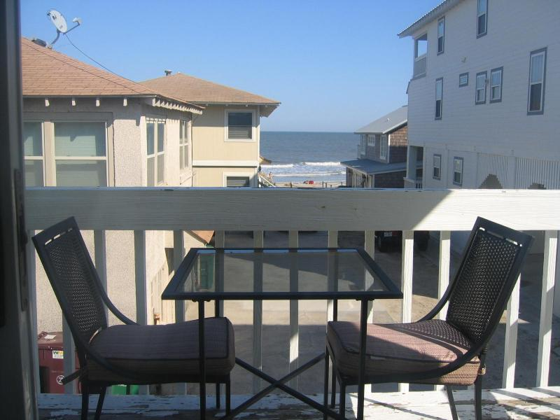 Oceanviews from Deck and Living Room and Master Bedroom
