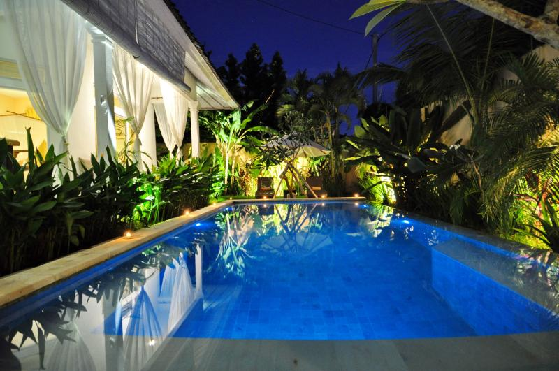 three bedrooms villa with swimming pool