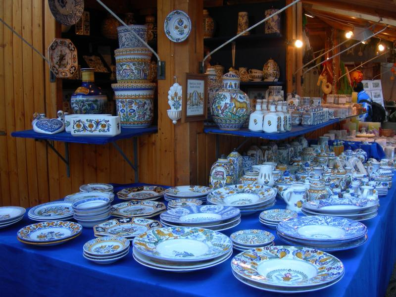 Handicrafts at the Advent fair