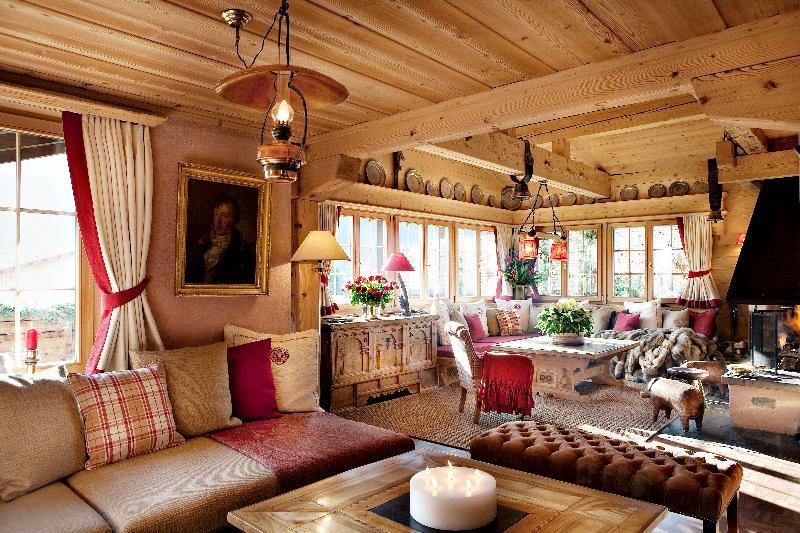 'Chalet Marmot, Luxury Chalet in Klosters, Switzerland, sleeps 11', holiday rental in Malle