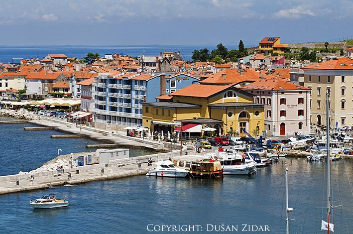 Piran yellow hobuse on the top is your holiday home