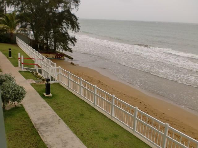 Esta es la playa que llamamos hogar.