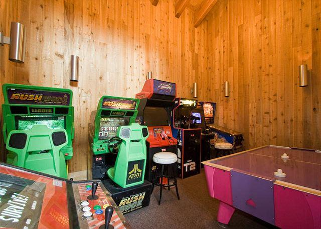 Lodge - Game Room