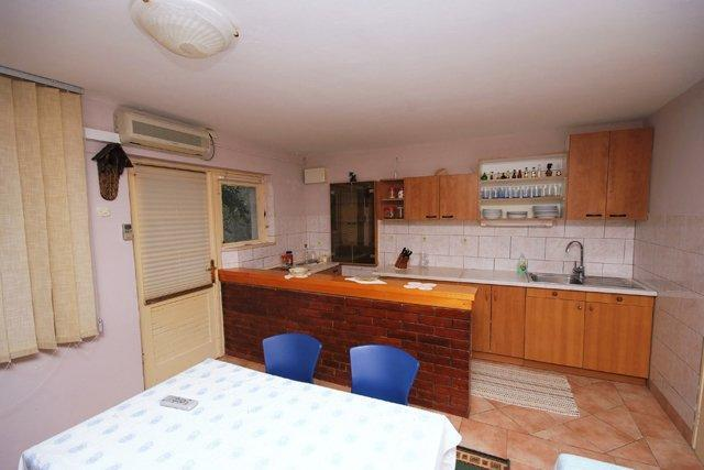 Apartment Tin, holiday rental in Blato