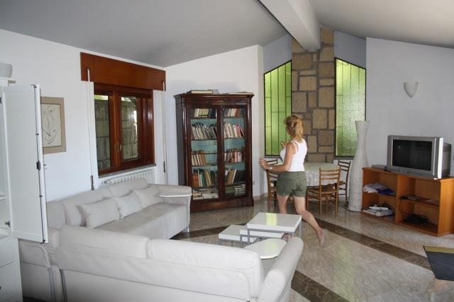 1er sala de estar con TV y Playstation