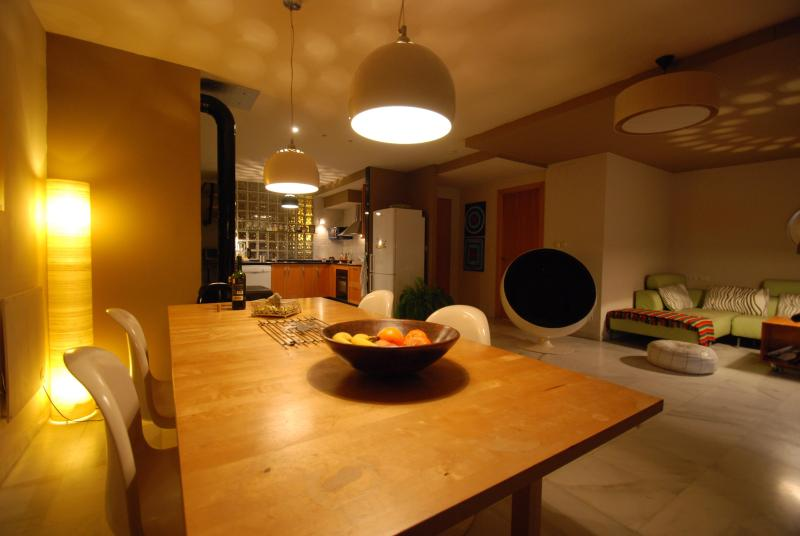 Penthouse with terrace in the old town of Tarifa, vacation rental in Tarifa
