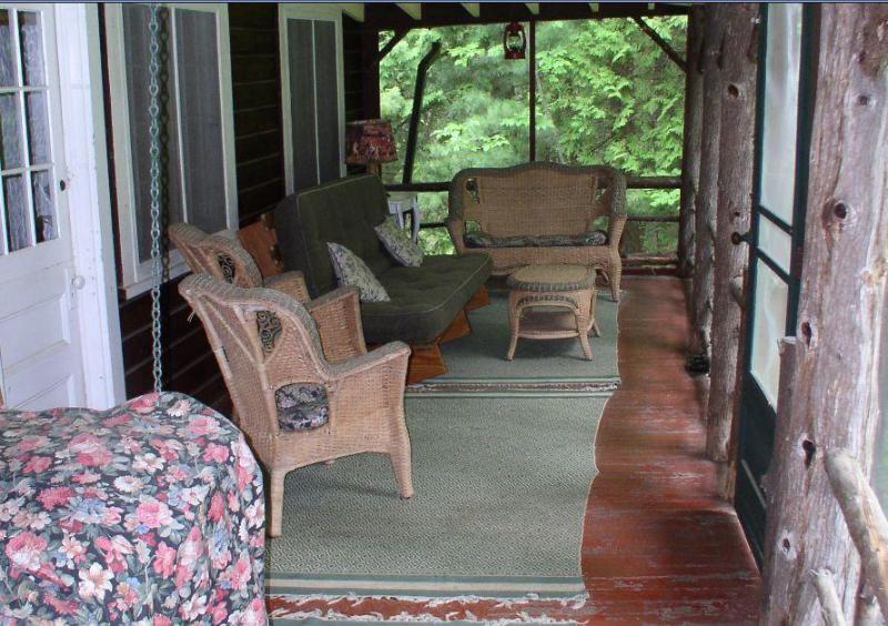 Proiettati in portico