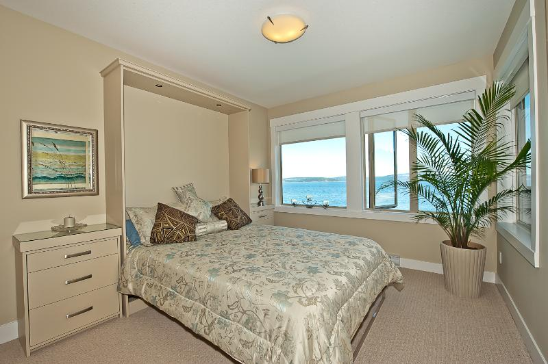 Master bedroom overlooking the ocean.