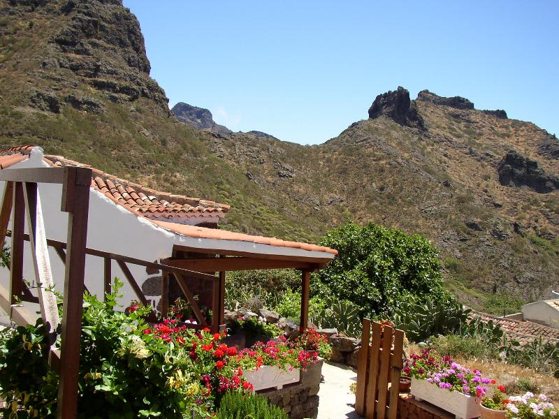 Cottage in the nature. Buenavista del Norte close of Masca., casa vacanza a Los Carrizales