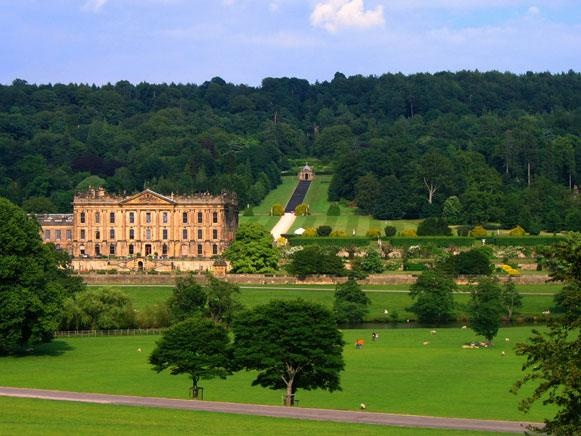 Places to visit - Chatsworth House (15 minute drive away from Simon's Cottage)