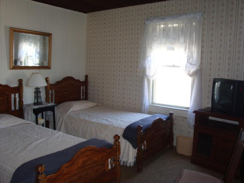 Bedroom - Second floor front - with TV