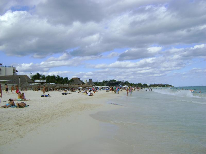 Soft white sandy beach of Playa del Carmen
