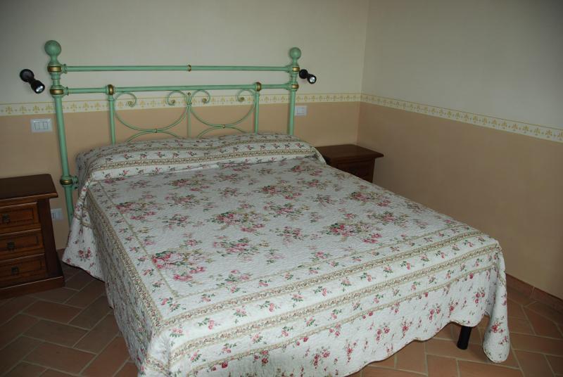Queen-Bett -main Schlafzimmer