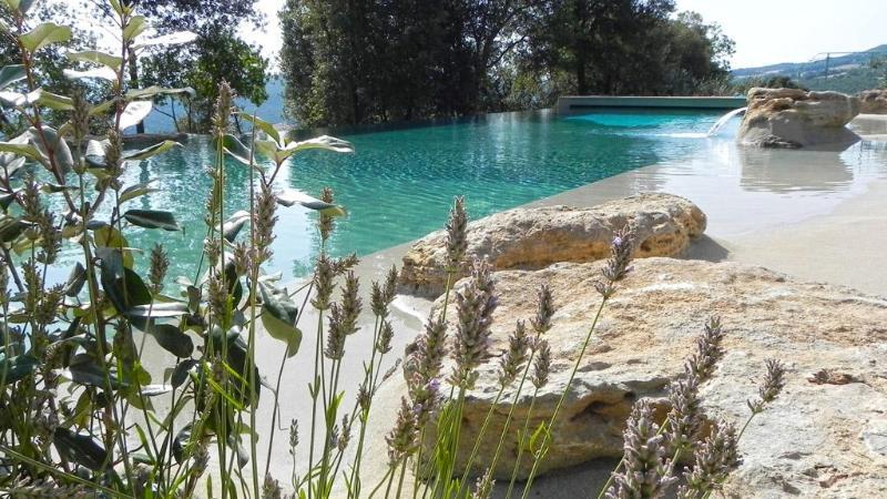Large swimming pool 21 x 7 meters