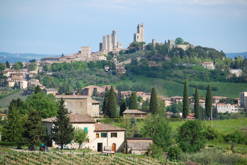 San Gimignano -15 minutes away by car from Casa Bartoli