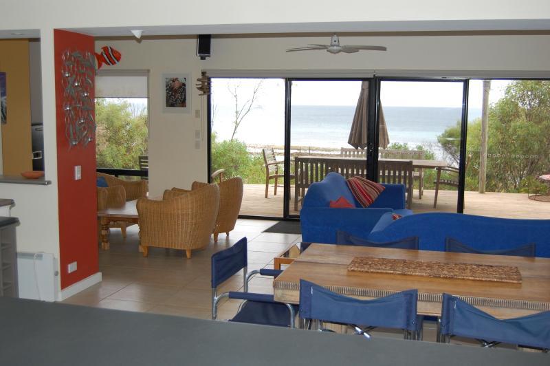 Passing Winds Emu Bay Kangaroo Island, vacation rental in Stokes Bay