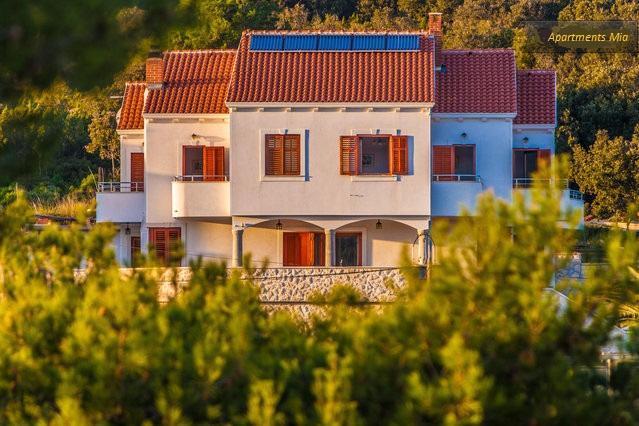 Apartments Mia - ap3 - island Molat, casa vacanza a Molat Island
