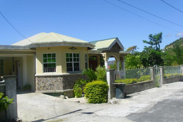 Corosol Apartments, holiday rental in Soufriere