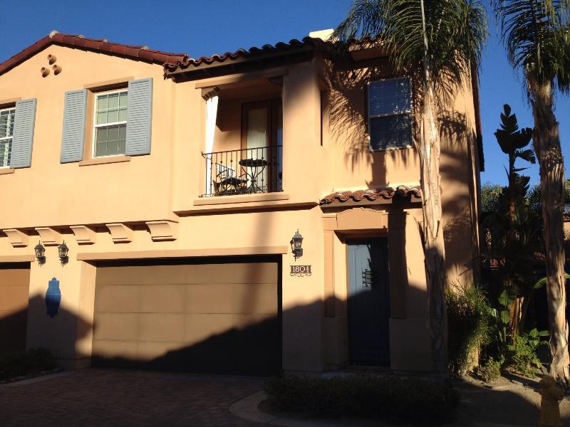 Mediterranean Desert Home - Private Pool & Spa!, holiday rental in Palm Springs