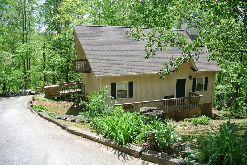 Jubilee Creekside Cottage, holiday rental in Sautee Nacoochee