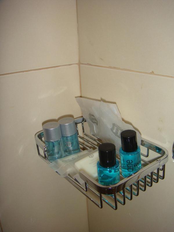 Shampoo, Soap, Bath Gel, Cap