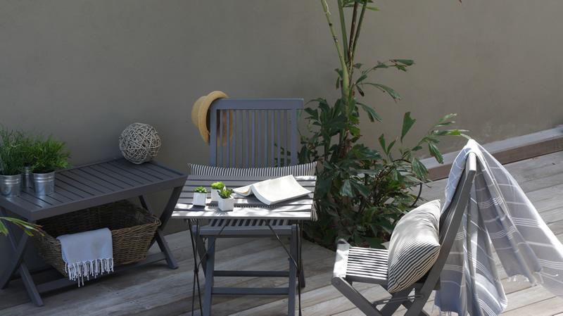 outdoor suite boudoir