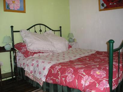 Double Bedroom with bedside tables & carpet