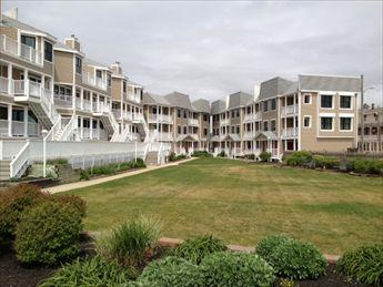 #602 Capers Condominium 7834, holiday rental in Cape May