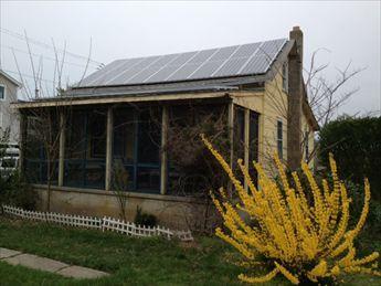 Porche cubierto. ¡Funciona con energía solar!
