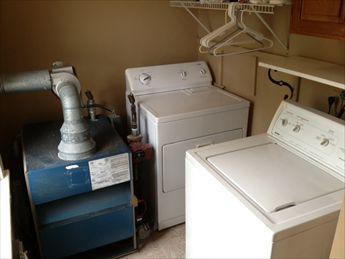 Laundry. Full Size Washer & Dryer.