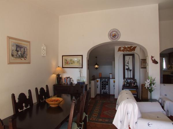 Dining-Lounge Area