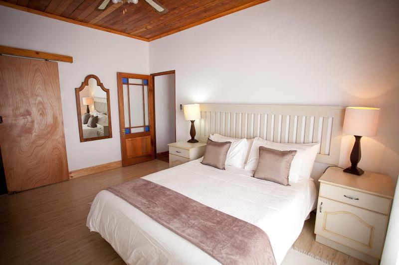 Main Bedroom Winterhoek Cottage