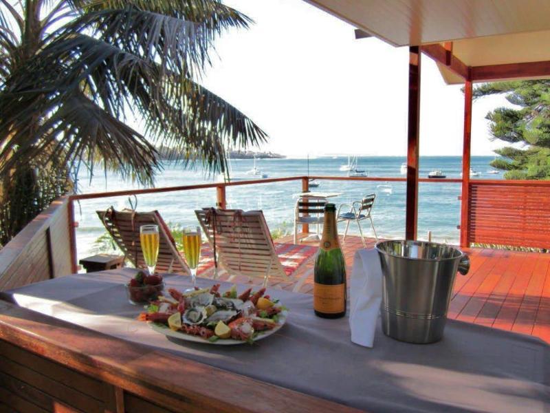 BUNDEENA BEACH HUT, holiday rental in Engadine