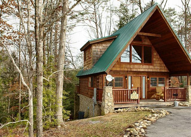 Hidden Romance #1404- Outside View of the Cabin