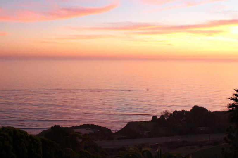 Magnificent Ocean Views at Malibu Dream Getaway, holiday rental in Malibu
