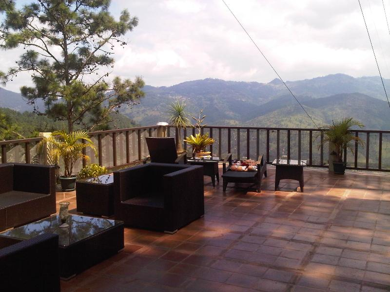 Top of the Mountain Chalet Style Estate, vacation rental in Tegucigalpa