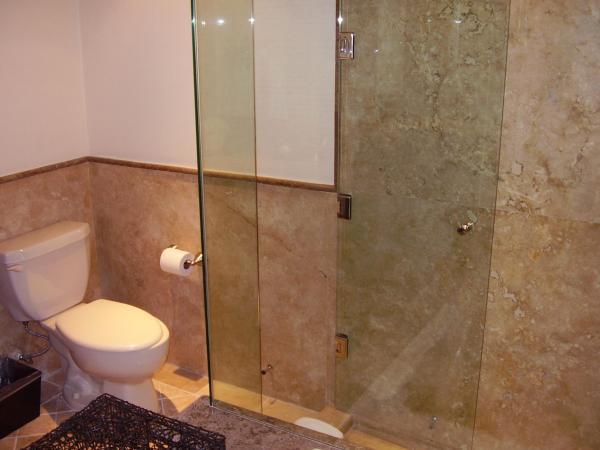 Eenheid E-3148 Master badkamer