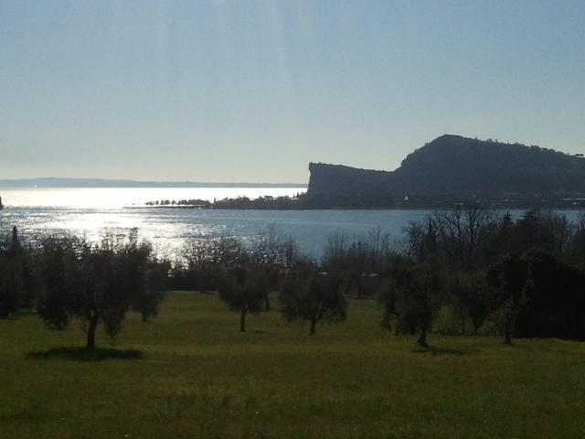 panorama sulla Rocca di Manerba