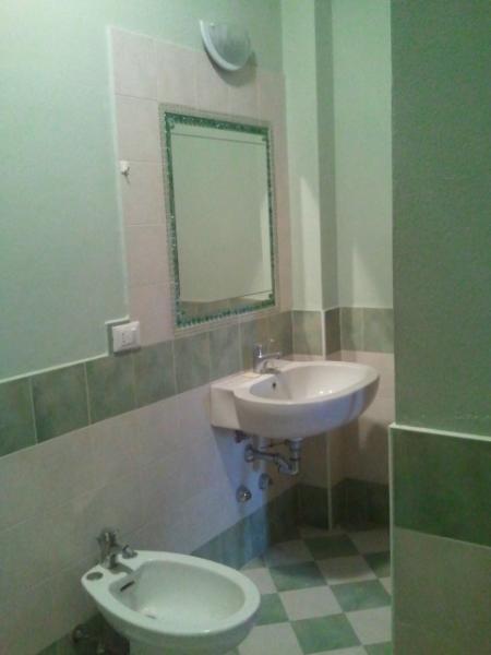 baño finestrato con ducha