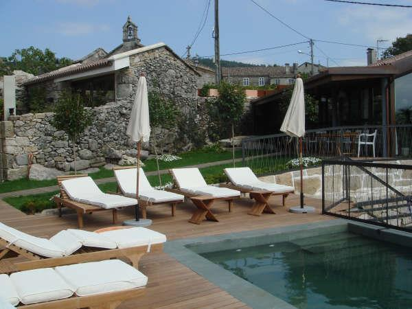 14 ROOM VILLA IN THE VINEYARDS, holiday rental in Navarra