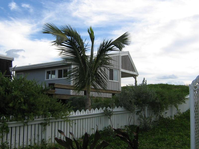 Sea Oats Cottage in Hope Town Elbow Cay, Bahamas (post Dorian), alquiler de vacaciones en Lubbers Quarters
