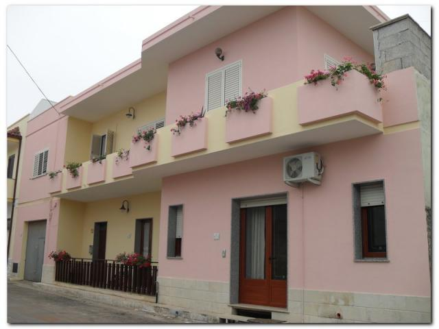 casa a 3 km da Marina Serra e 10 km da S.M. Leuca 12 p.letto, vacation rental in Montesardo