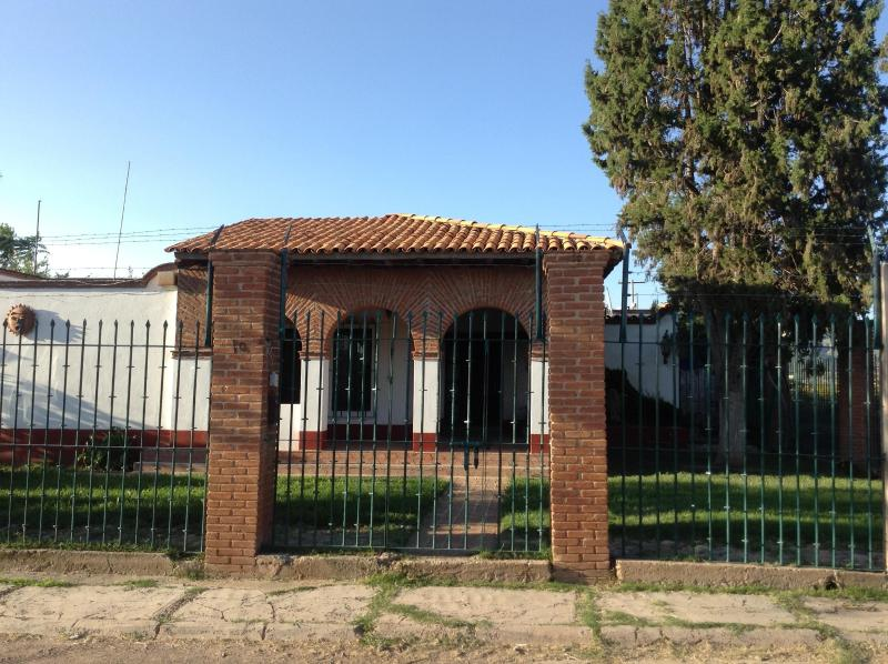 Beautiful 1500m² house for 30 people in Guanajuato, holiday rental in Silao