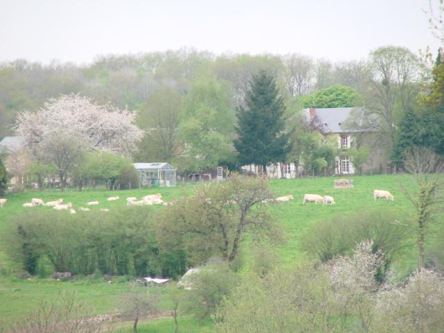 view on Veï Lou Quéri from the countryside