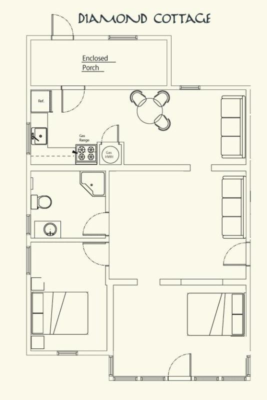 Floor plan (please note there is no longer a sofa in the dining area)